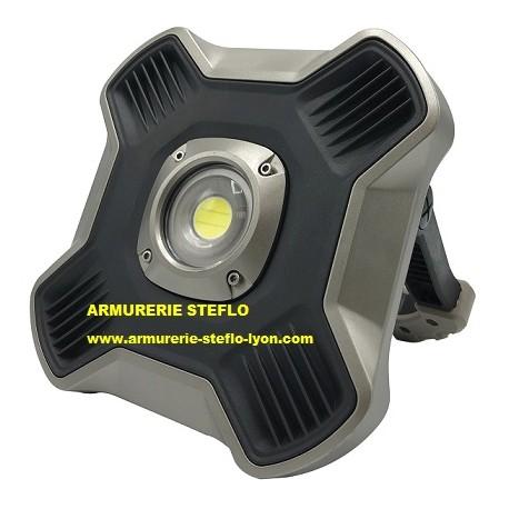 Projecteur autonome 2600 lumens rechargeable
